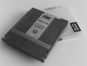 DOT Pinnacle Micro OMDR 4.2 GB Optical Disk